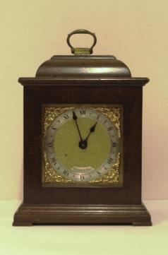 english 8 day bracket mantel clock timepiece by davall for thwaites and reed